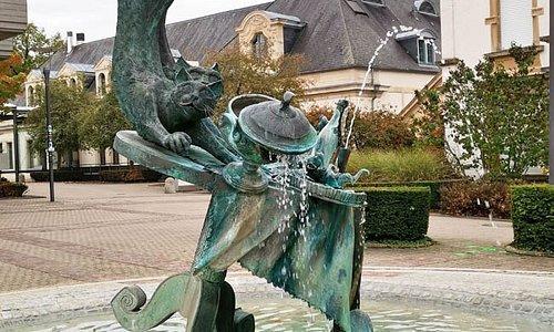 Fontaine Maus Kätti