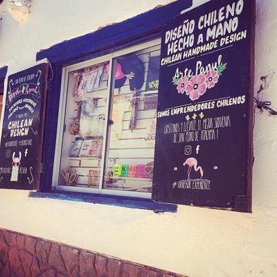 Tienda de Diseño & Souvenirs en medio del desierto 🌵  #sanpedrodeatacama  Calle Caracoles 419b / caracoles 233