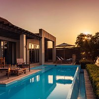 Delaire Graff Estate- Presidential Lodge at sunset