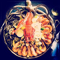 Seafood platter for 2 guests