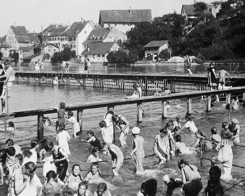 Generations of Schaffhausers have learned to swim, cooled off from the summer heat, or just taken a break in the Rhybadi