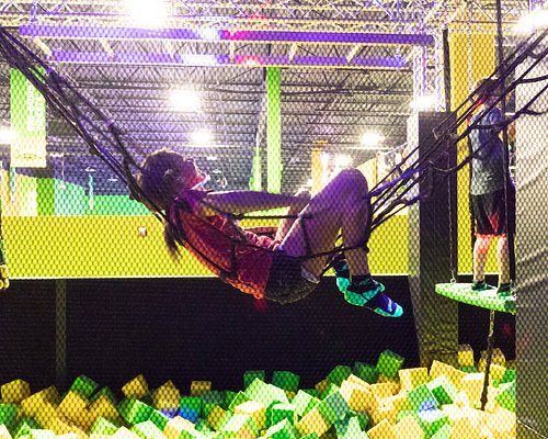 A chill experience from one of our guest in the obstacle course. We never thought of using the net as a hammock.