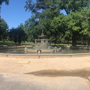 Mcpherson Robertson Fountain