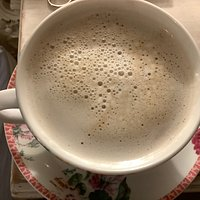 This is one I made at home with my coffee machine, and this is a soya decaf latte and what it supposed to look like in a cup.