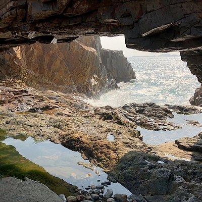Cape D'Aguilar Marine Park - the Crab Cave