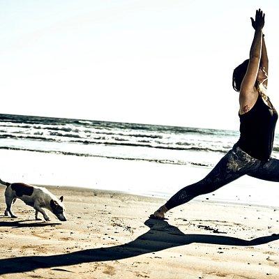 yoga on the beach. El Médano