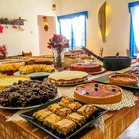 Mesa do buffet do café colonial Café no Campo!