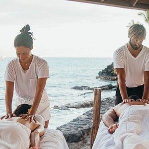 Couples Massage overlooking the pacific ocean.