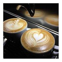 Philimonius Aalst cappuccino latte art by barista Jo