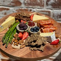 Our epic Milawa Platters contain mostly local ingredients with many offerings made in-house!