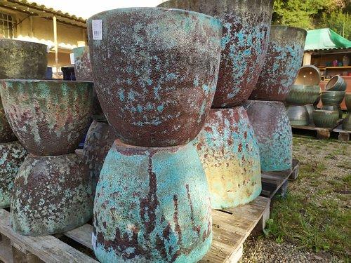 26/02/2021  j'adore ses poteries antiques, on dirait qu'elle sortes de la mer