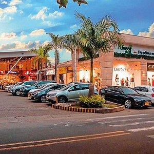 Los esperamos en Palmas Mall donde vives ¡Tus mejores momentos! Recuerda tenemos parqueadero sobre carrera 105 y carrera 104 vigilado.