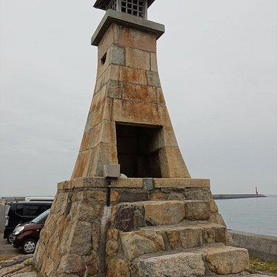 伊予市・萬安港旧灯台