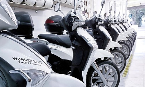 RENT YOUR SCOOTER  Our Piaggio fleet, your best choice!  Discover the other services, we are waiting