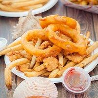 Lee's Seafood at Joe's Playland