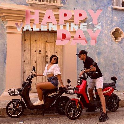 ¡CELEBRA TUS DIAS ESPECIALES CON NOSOTROS! Consulta nuestros planes  💕Happy Valentine Day💕  ¡Celebra cualquier epoca del año de una forma diferente! Anímate a vivir la experiencia @movili_k 🛵+👫=💕👩❤️💋👨 • • #movilidadelectrica #movilidadsostenible #movilidadecológica #movilik #cartagena #colombia #tourism #tourist #experiencias