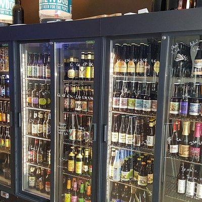 les frigos de notabeer. vous pouvez trouver leurs bières partout en France sur www.notabeer.com
