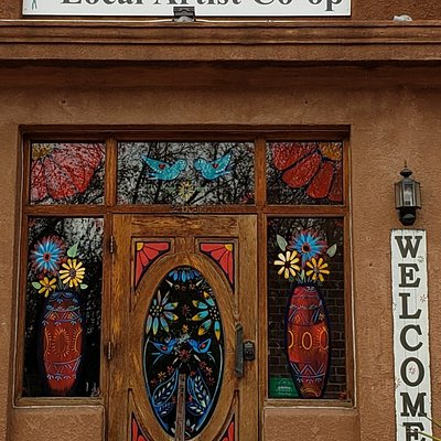 40 local artists to the Albuquerque area in one location. The gallery has been active since 1980.