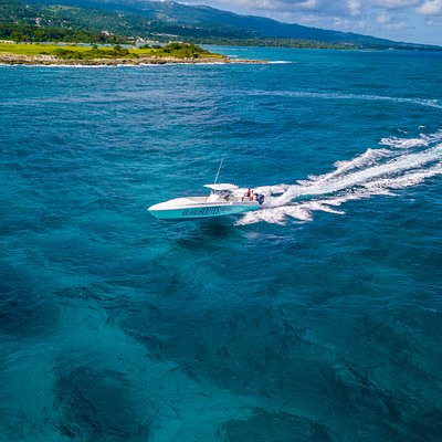 Island Routes Powerboat Jamaica