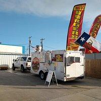 Toscano Burgers & More food trailer