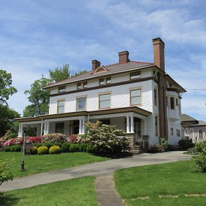Lawrence County Historical Society, view from Lincoln Avenue