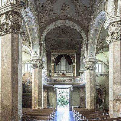 La Chiesa Parrocchiale di S.Maria Assunta di Ameno