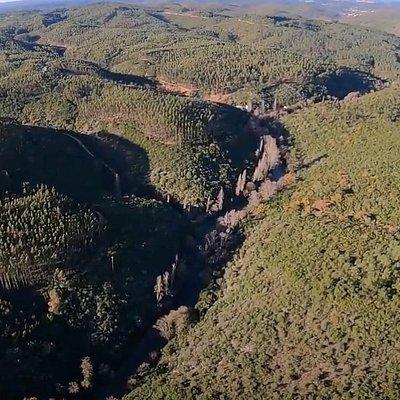 Vista aérea do vale do Nabão da zona da Mendacha (de sul para norte)