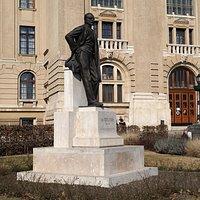 Gróf Tisza István szobor