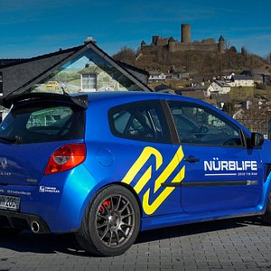 Our beloved Clio RS200 Cup with Half-cage, Bucket Seats, 4-point Harnesses, Semi Slicks and more!
