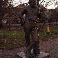 Szabó Lőrincz szobor