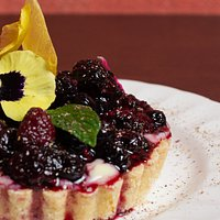 Tarteleta de crema pastelera y frutos rojos