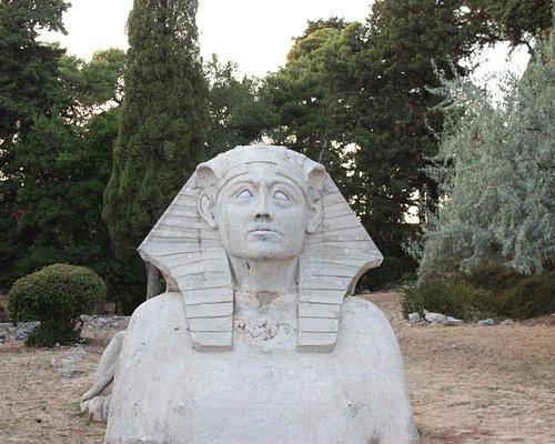Zadar, Concrete sphinx in the garden of Villa Attilia Uvala Maestral