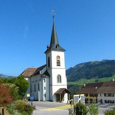 Eglise de Cerniat (district de la Gruyère - Fribourg)