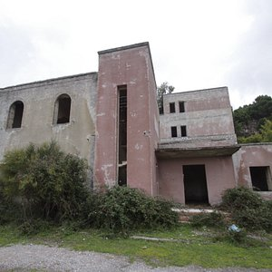 Dark day for dark trip in Morfia village built during the fascist era. From #Taormina direction Francavilla and after for to Novara di Sicilia