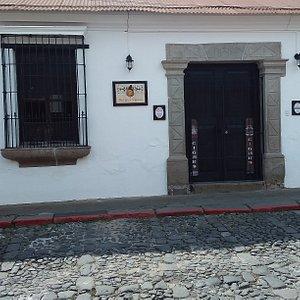 Our location near el Tanque de la Union and La Panaderia Santa Clara