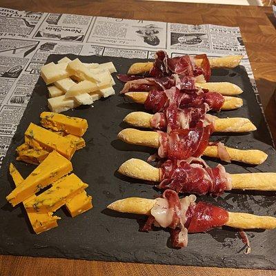 Tabla de quesos y jamon!!!