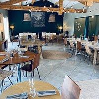 Notre salle de restauration, où vous pouvez aussi prendre vos petits-déjeuners.