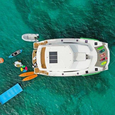 Catamaran fully loaded with watertoys!