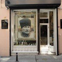 Galeri Erol Sanat ve Antika Çukurcuma Taksim