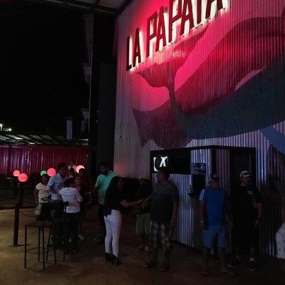si bienes a Huatulco y no vas a ¡La Papaya Nice Club