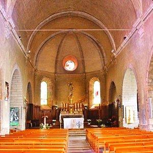 Eglise Saint Pierre de Meyrueis , vue de la nef //Saint Pierre de Meyrueis Church, view from the nave