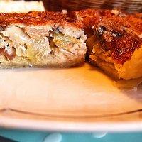 En Mecina Fondales, Granada, ofrece platos veganos internacionales muy variados, perfectos para comer cualquier día de la semana. Alpujarra