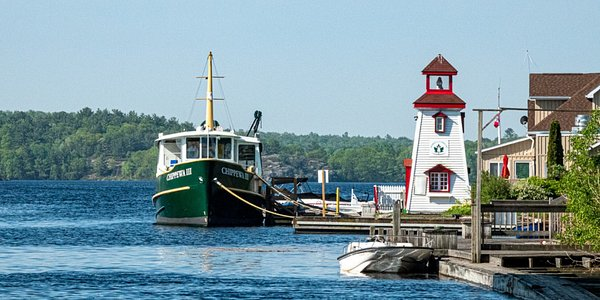 M.V. Chippewa at the Parry Sound dock