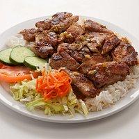 37. Lemongrass Chicken w/ Rice