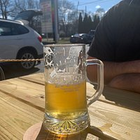 Ground effect is AWESOME! Easy to find, lots of parking and our server, Josh, was attentive, personable and a great guide to beers. Service was fast and we enjoyed everything we ordered. The atmosphere was low pressure and it was causal & enjoyable.
