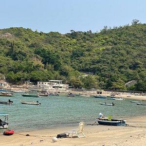 Tung Wan Beach is Peng Chau Island's main beach.