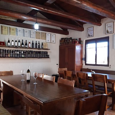 The good old tasting room like our grandfather had :-)
