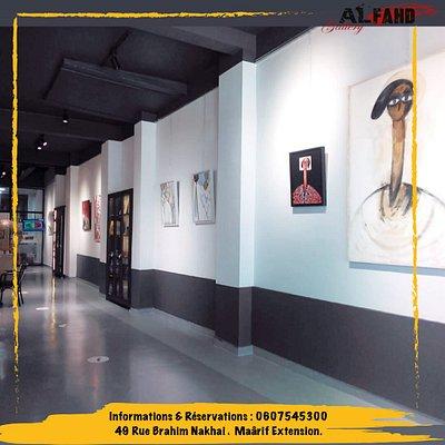 Une galerie d'exposition :  Pour la promotion artistique, et la vente des objets d'arts de tout genre.
