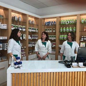 Ma Boutique Bien Etre L'équipe diététique et Sophrologie Caroline Céline Evelyne Centre Commercial les 7 Collines 42 Rue du Forez 30000 NIMES