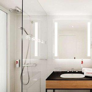 IntercityHotel Frankfurt Hauptbahnhof Sued - Bathroom